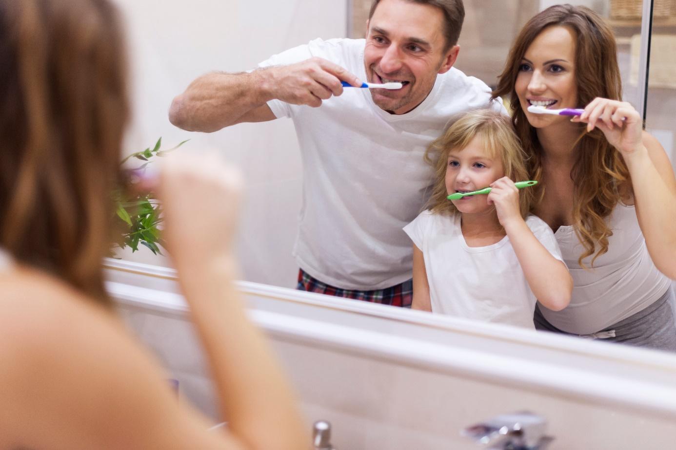 Как трябва да почистваме зъбите си?